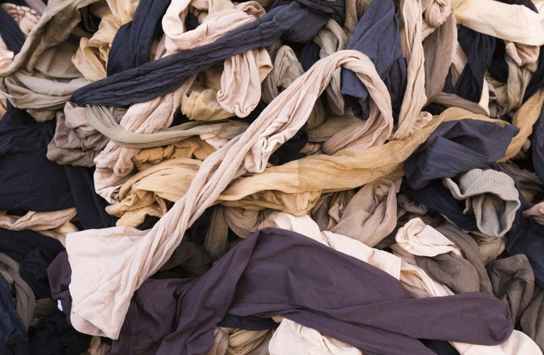 How to store tights to avoid pulling and laddering