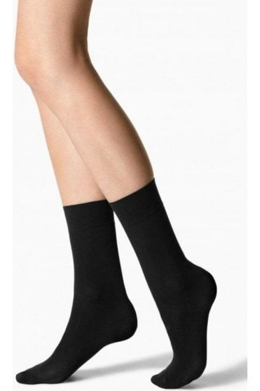 Opaque 30 Denier Ankle Socks