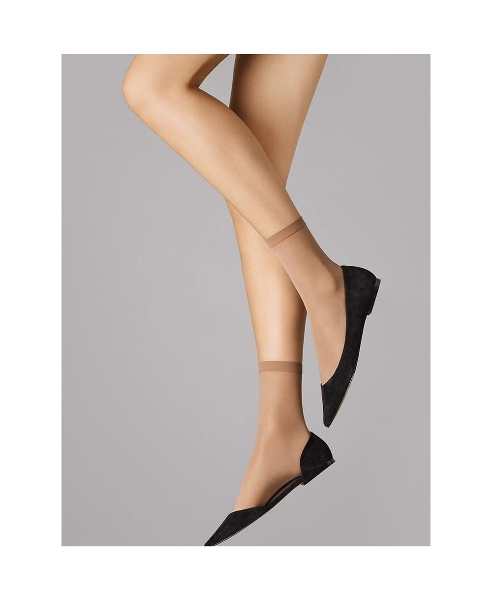a3d25d7d0 Wolford Satin Touch 20 Socks - Socks from luxury-legs.com UK